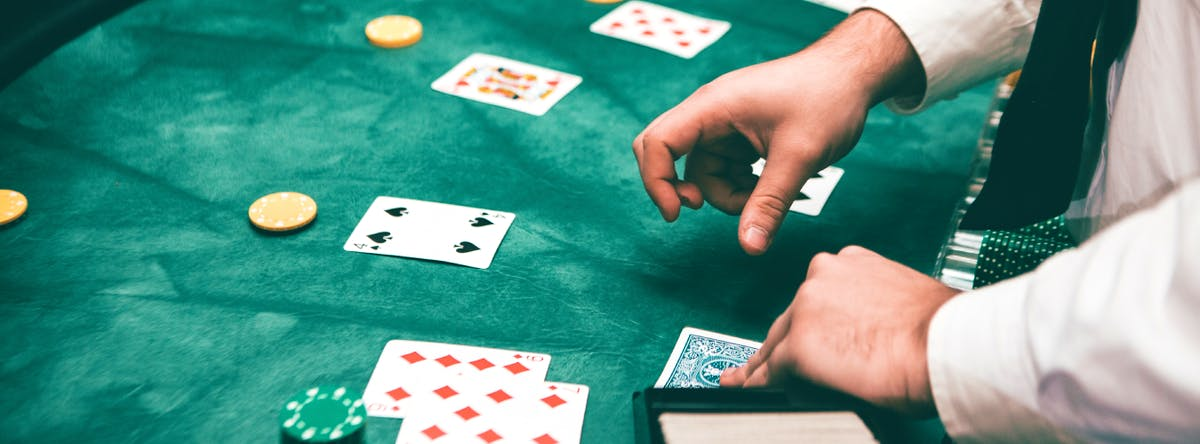 Etiquette 101: 6 Tips to Make You the Best Live Casino Player