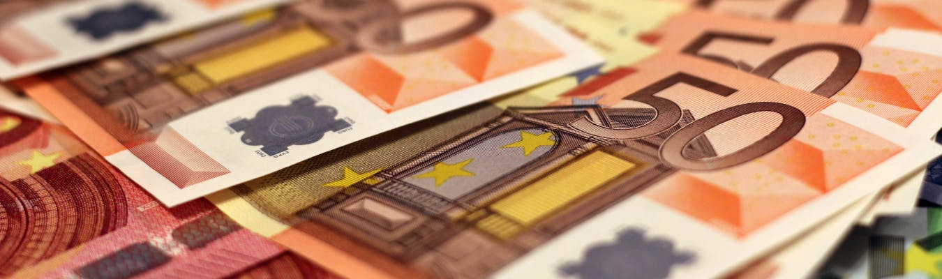Cash Up: Top Fiat Money Accepted in Online Casinos